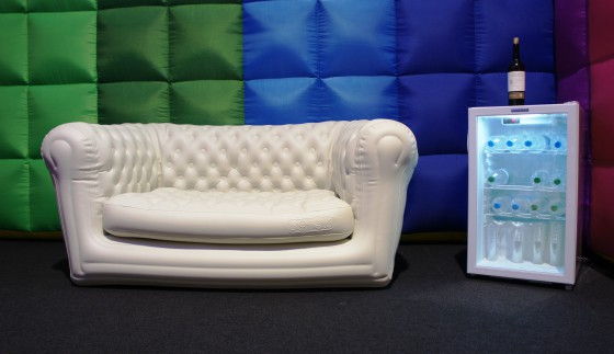 Sofa by axessonline.ch